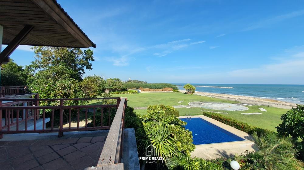 ขายบ้านติดทะเลพร้อมที่ดินเกือบ 8 ไร่ Beachfront Villa For Sale with Large Land Plot