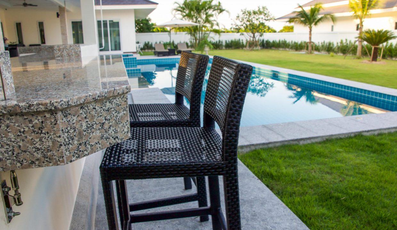 Hua-Hin-Pool-villa-1-scaled