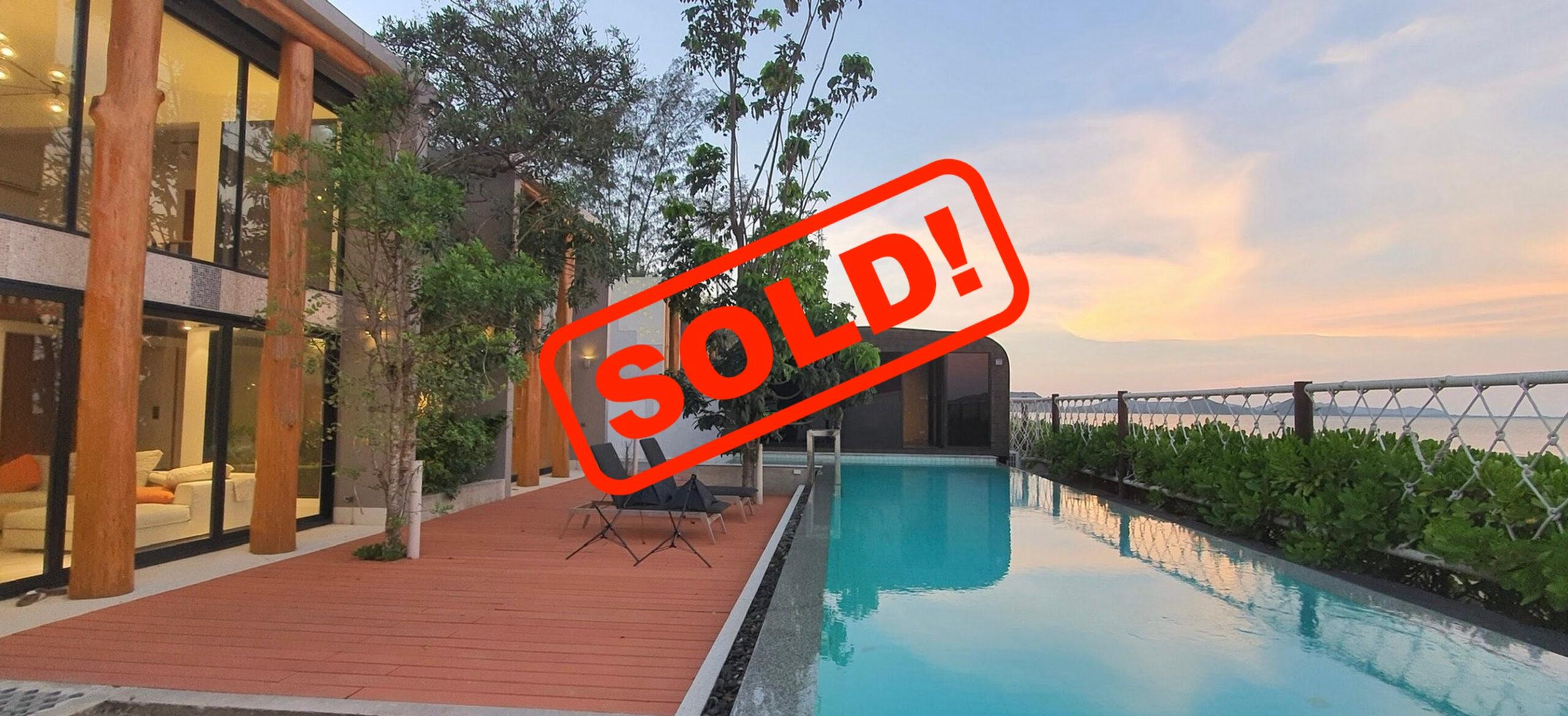SOLD!! ขายบ้านติดทะเลสามร้อยยอด Beachfront For Sale @Samroiyod